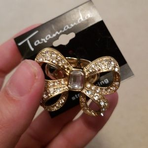 NWT Bow Tie Ring